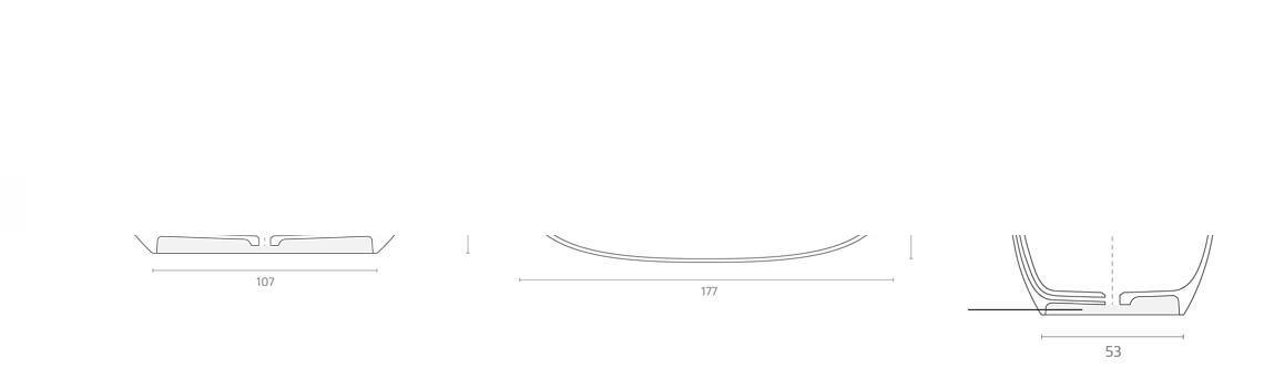Bañera exenta Solid Surface Vostok 177x80 cm. Bañera de libre instalación con rebosadero interno. Una bañera de líneas curvas con una frágil curvatura.