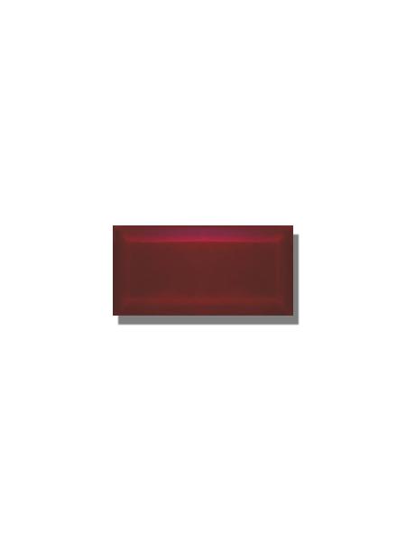 Azulejo biselado tipo metro burdeos 7.5x15 cm. Revestimiento biselado bicocción para decoraciones estilo vintage en baños o cocinas.