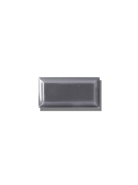 Azulejo biselado tipo metro gris 7.5x15 cm. Revestimiento biselado bicocción para decoraciones estilo vintage en baños o cocinas.