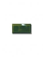 Azulejo biselado tipo metro verde vic 7.5x15 cm. Revestimiento biselado bicocción para decoraciones estilo vintage en baños o cocinas.