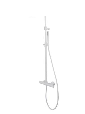 Columna de ducha termostática Como, disponible en acabado cromado, negro y blanco. Minimalista conjunto ducha termostático de formas redondeadas.