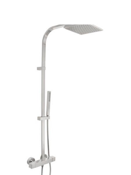 Columna de ducha termostática cromada Verona. Minimalista conjunto ducha termostático, de formas redondeadas, sin casi relieves y acabado cromo brillo.