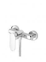Monomando ducha Menfis cromo brillo. Una grifería de baño sencilla y funcional pero con un diseño verdaderamente increíble.