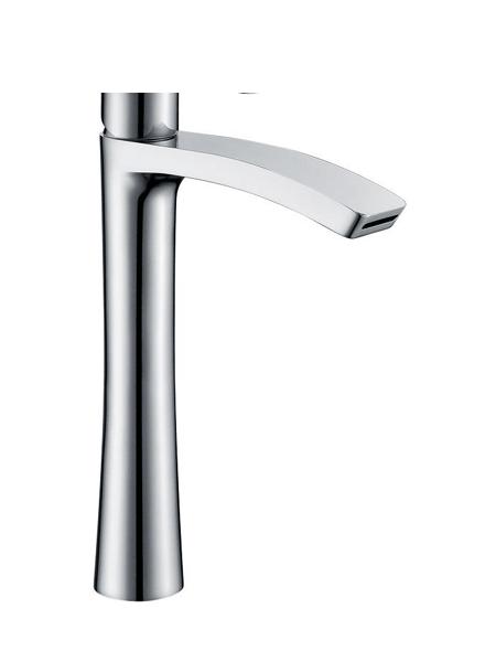 Monomando lavabo alto Dendera cromo brillo. La grifería Dendera se caracteriza por las suaves curvas que delimitan su contorno.