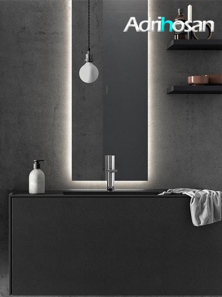 Espejo retro iluminado de baño Halo de Fiora.
