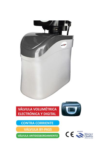 Descalcificador volumétrico 8 litros radikal contra 8. Regenera la resina por el método contracorriente que es el más económico y eficaz.