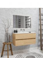 Mueble de baño suspendido Vica 100 Wood roble natural 2 cajones en acabado Wood roble natural mate. Un mueble de baño de apertura suave por uñero con encimera para grifo empotrado y seno centrado.