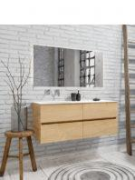 Mueble de baño suspendido Vica 120 roble natural 4 cajones en acabado roble natural . Un mueble de baño de seno izquierdo de apertura suave por uñero con encimera para grifo sobre encimera.