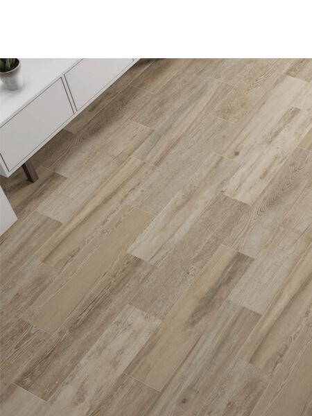 Pavimento porcelánico Dover 25x100 cm imitación madera. Un azulejo para suelos interiores o exteriores que te encantará por su calidez.