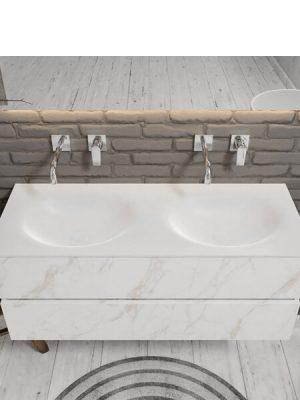 Mueble de baño suspendido Vica 120 carrara 2 cajones en acabado carrara mate. Un mueble de baño de seno doble de apertura suave por uñero con encimera para grifo empotrado.