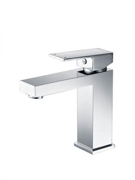 Monomando lavabo Lucena cromo brillo. La grifería Lucena se caracteriza por las suaves curvas que delimitan su contorno.