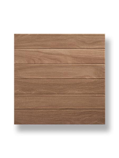 Pavimento imitación madera Vero haya 45x45 cm. la solución perfecta para tus exteriores y alrededores de piscinas, pavimento antideslizante.