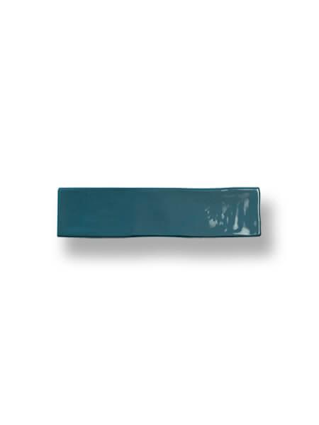 Revestimiento pasta blanca tipo metro Kezma Petroleo 7.5x30 cm. Ese estilo vintage o retro que estás buscando en tu cocina o baño.