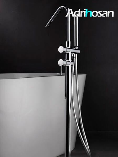 Monomando bañera de pie Milán cromado exento