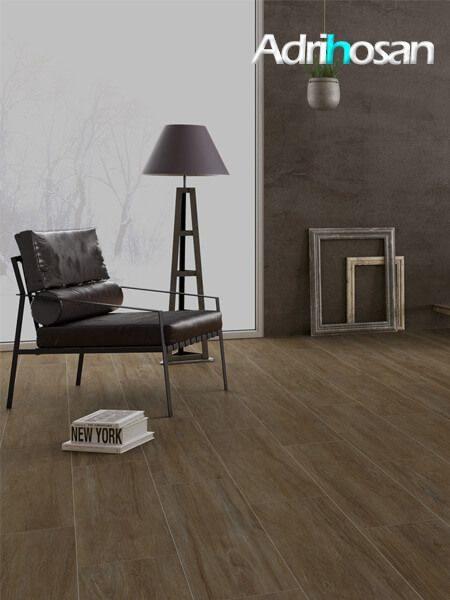 Pavimento porcelánico antideslizante Huesca natural 25x100 cm imitación madera (1.5 m2/cj)