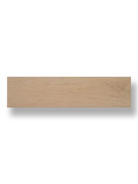 Pavimento porcelánico Ecija Miel 25x100 cm imitación madera.