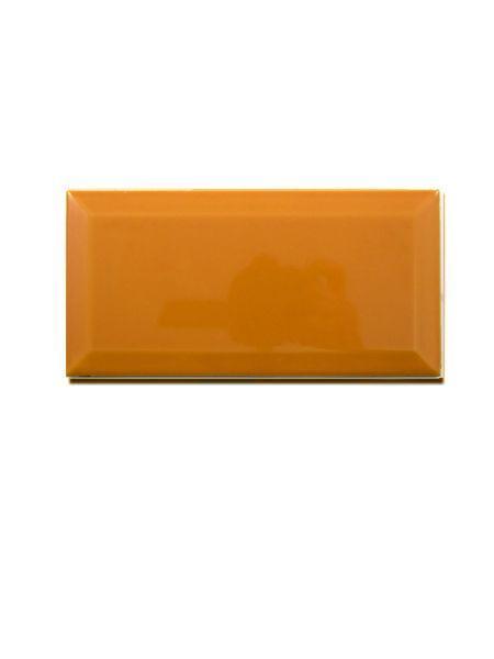 Azulejo tipo metro biselado ocre brillo 10X20 cm (1 m2/cj)