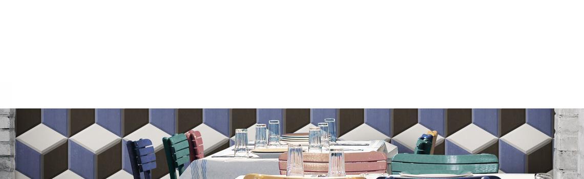 Pavimento hexagonal porcelánico Diamond azul 28.5 x 33 cm.