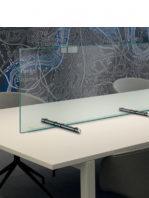 Mampara de protección para negocios y despachos vidrio templado.