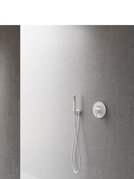 Conjunto ducha minimal blanco mate Martelli Made in Italy