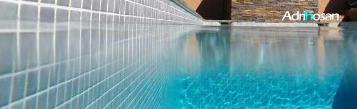 Gresite para piscinas tesela 2,5x2,5 cm puntos de silicona 49x31 cm gris nacar BP281.