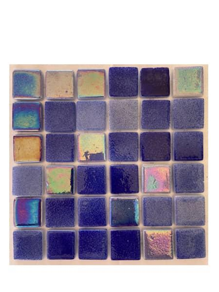 Gresite para piscinas tesela 2,5x2,5 cm puntos de silicona 49x31 cm azul nacar Mix1044.