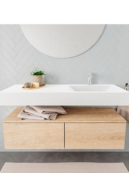 Mueble suspendido ALAN 120 cm de 2 cajones roble lavabo. Encimera con lavabo CLOUD derecha 1 orificio blanco mate