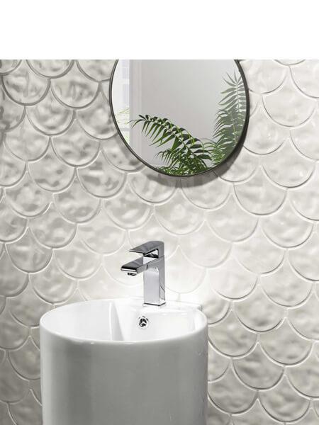 Azulejo porcelánico escama de pez Scale Gloss White 30.7x30.7 cm (0.85 m2/cj)